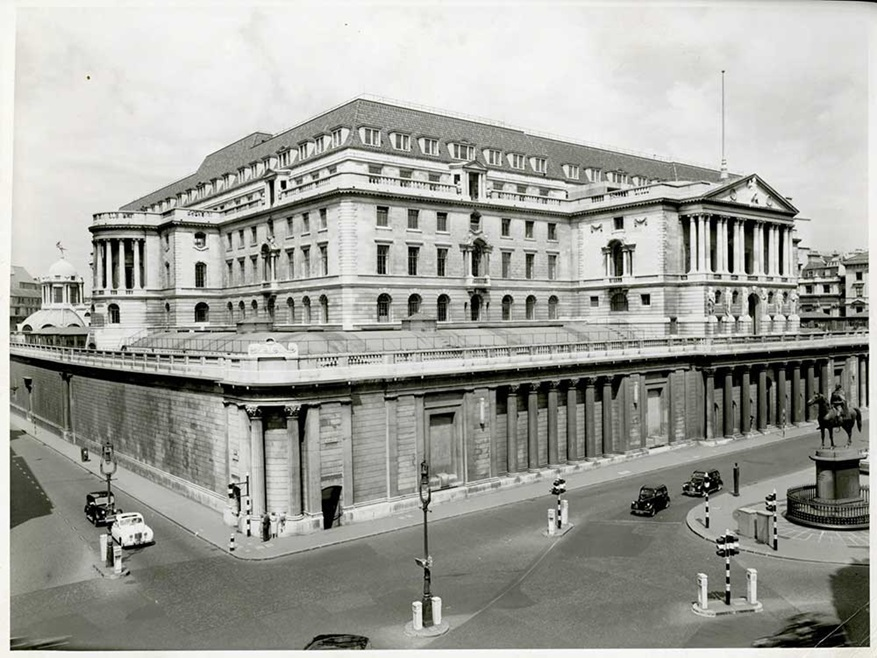 An elevated view of the front of Threadneedle Street from the south west looking across Bank junction.