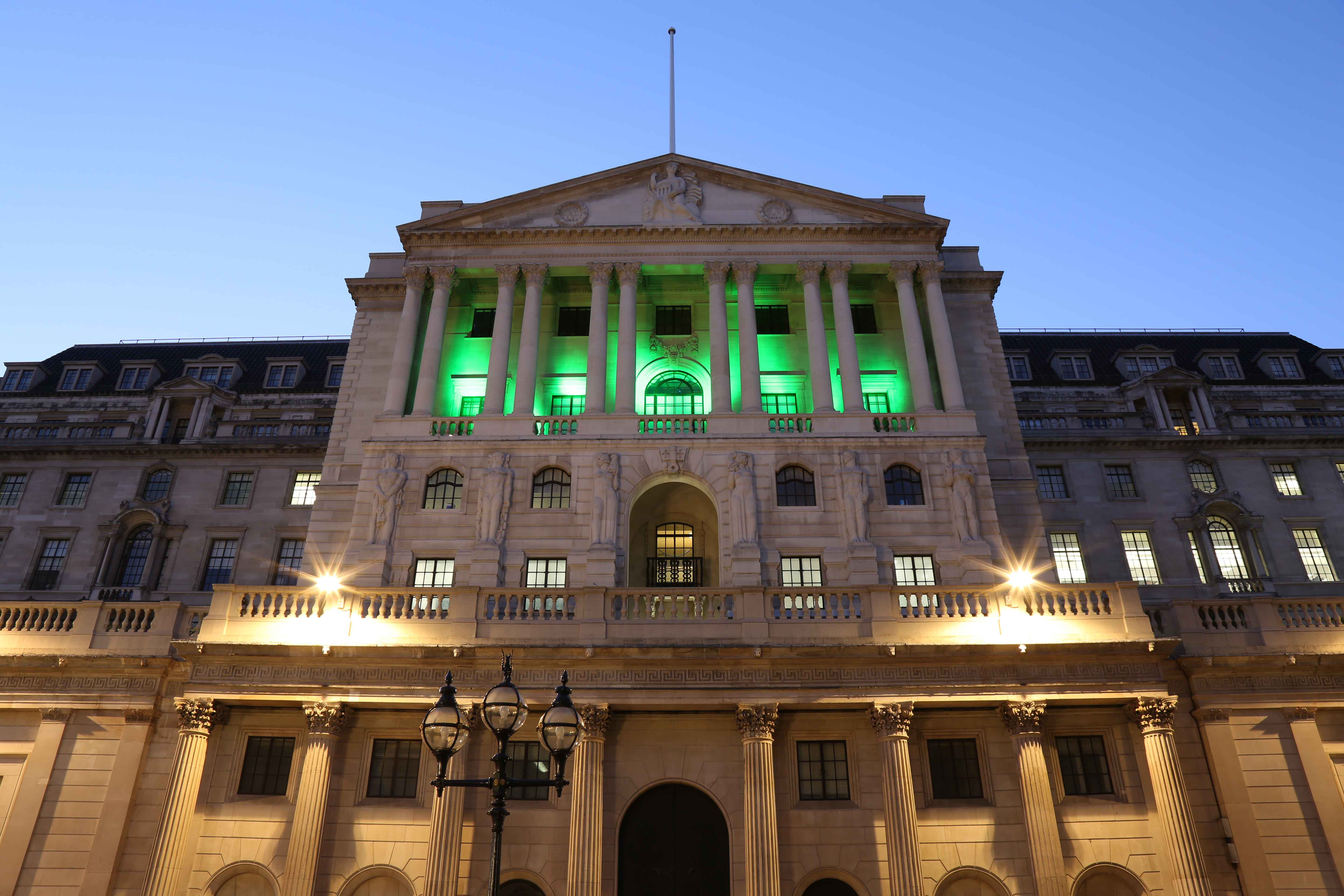 bank goes green